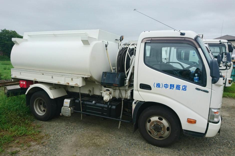 「お客様第一」をモットーに地域に密着した企業を目指す。燃料配送業務における車両管理システム活用事例