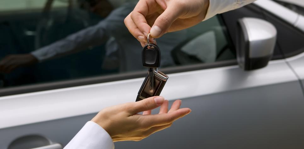 代車管理業務を効率化する、車両管理システムの利用方法とは?