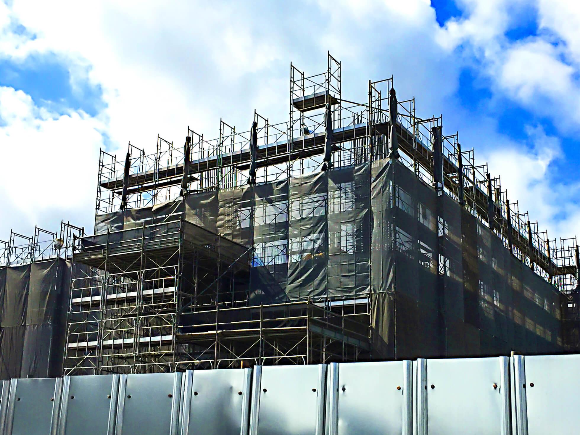 建設業で2024年に適用される時間外労働の上限規制に対応するためには?