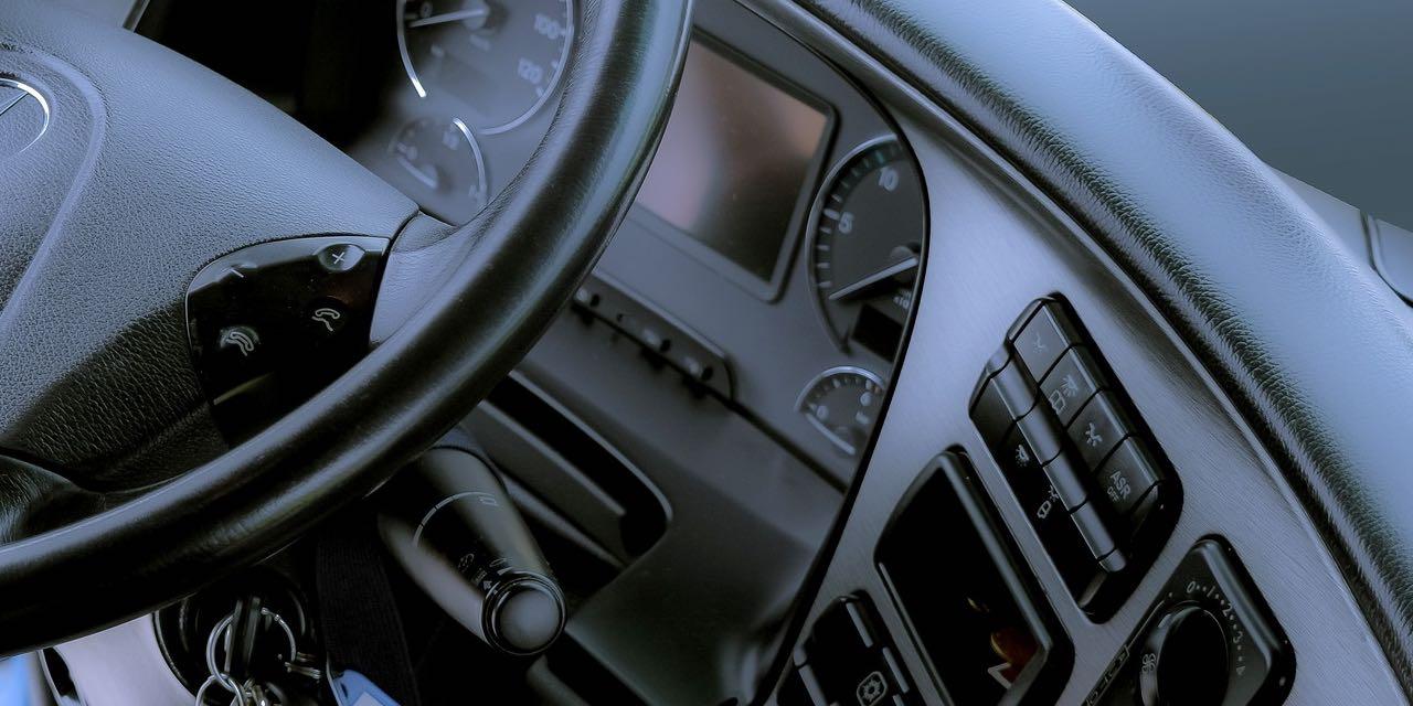 企業が行うべき安全運転管理とは